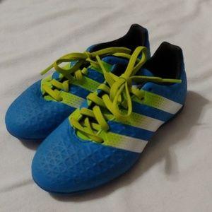 Kids 12 Adidas soccer cleats